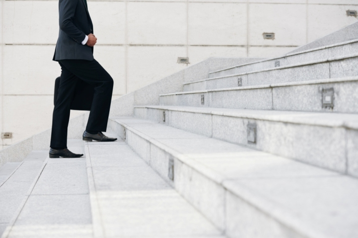 Lupta apriga pentru un job in avocatura de top