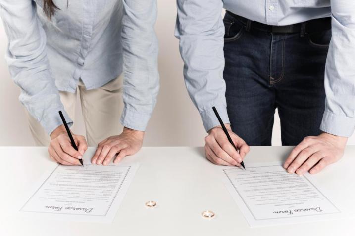 Necompetența instanțelor române în soluționarea cererii de divorț